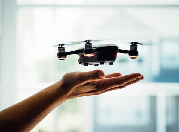 Retail-Shopping-Drone-Lieferung