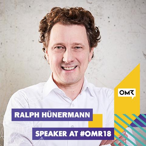 Ralph Hünermann als Speaker bei der OMR