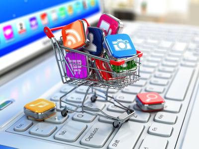 Shopping-Social Media