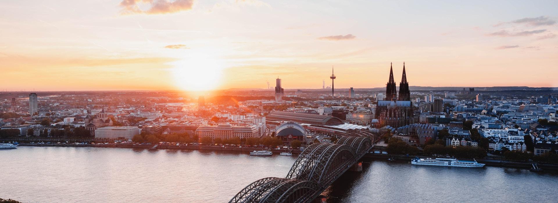 Köln-Kölner-Dom-unsplash-1